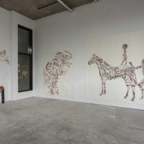 Vue de l'exposition. François Morelli – Dessins-Impressions : Papiers peints 1993 – 2001.  © Guy L'Heureux